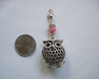 Owl Scarf jewelry with a lobster claw that can be worn from a scarf tube or pendant, by ggbeads