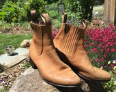 1980s vintage, Pontros, Mexican leather, toast brown, womens 9 1/2, chelsea boot. Super stylish and functional.
