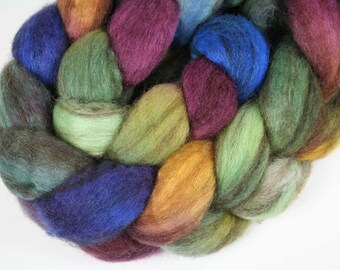 MOODY RAINBOW Mixed BFL Roving - 4.0 oz