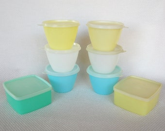 Vintage Pastel Tupperware 14 ounce Refrigerator Bowls and 16 ounce Square Rounds Storage Containers for Freezer, Camping, Picnics, Travel