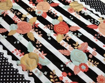 Quilted Cotton Polka Dots and Ric Rac  Fabulous Table Runner