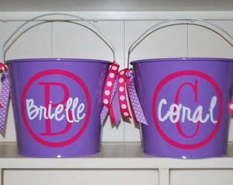 Personalized Easter Bucket with name and circle initial