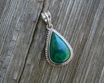 Vintage Sterling Silver Marked 925 Green Malachite Pendant