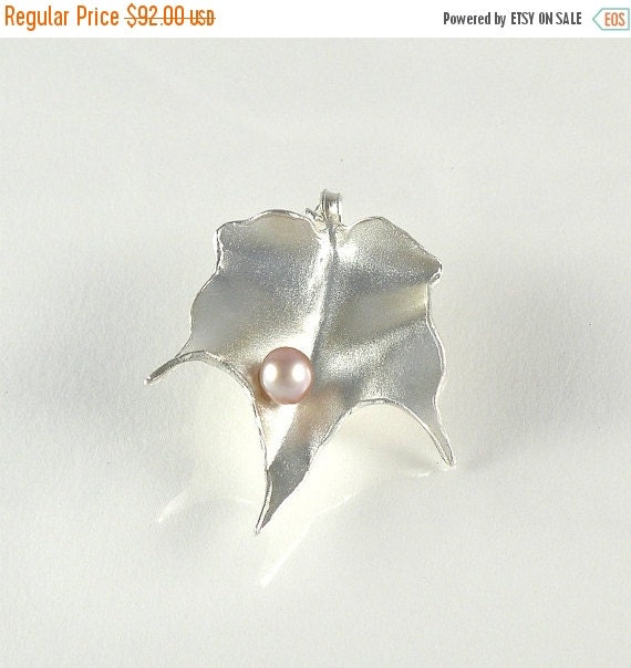 Leaf Brooch in Sterling Silver Gift For Women, Foliage Silver Brooch, Silver Leaf Brooch with Pink Pearl, Leaf Jewelry - MADE TO ORDER