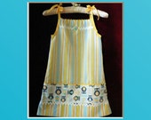 Owl, Girl's Pillowcase Dress; vintage pillowcase, size 5, handmade; upcycled dress; Retro print, pillow case dress, dress, child dress, owls