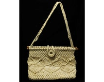 Cute Macramè Purse with Short Shoulder Strap - 70's Hippie Bag - Bohemian Summer Handbag - 1970s Boho Chic - Button Style Closure - 43684