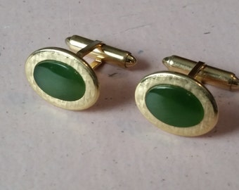 Vintage Krementz Cufflinks Cuff Links 1950s Oval Green Gold Tone Metal Accessory French Cuffs