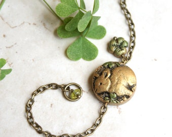 Rabbit Bracelet, Green Clover Jewelry, Woodland Jewellery, Clover Bracelet, Rabbit Lover Gift, Bunny Bracelet, Bunny Rabbit Jewellery