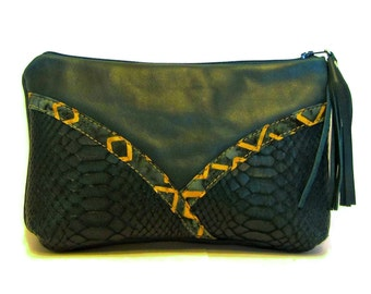 Teal Leather Makeup Bag / Leather Cosmetics Bag / Leather Cosmetic Bag / Leather Make Up Bag / Gift for Her / Leather Makeup Pouch