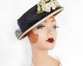 Vintage 1930s hat, tilt boater, New Old Stock, navy blue Belk