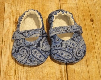 0-3 Months Baby Mary Jane shoes --Blue Paisley