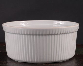 Apilco, France, Souffle Dish, 7 5/8 inches diameter