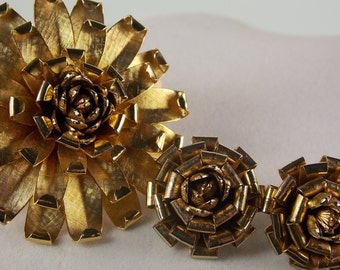 Floral Bow Brooch & Clip on Earrings in Textured Gold Tone Metal Look Like they Belong on Presents So Cute