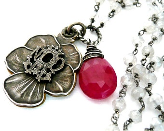 Notre Dame Victorian Pansy Necklace