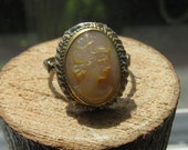 Vintage Sterling Silver Women's Ring with Cameo Setting Size 7 Ladies Ring
