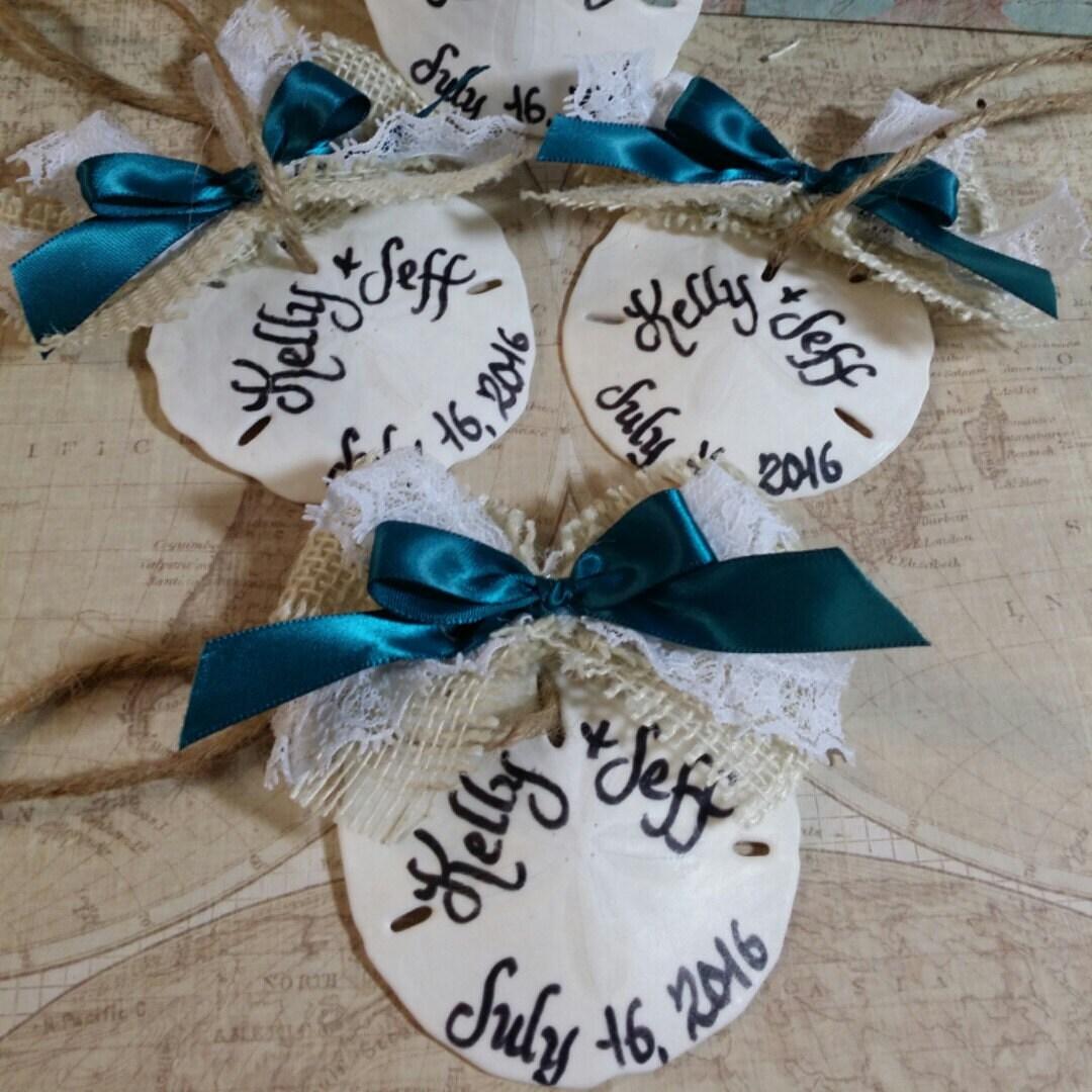 Beach Wedding Favors: Sand Dollar Calligraphy Ornaments/ Beach Wedding/ Favors/