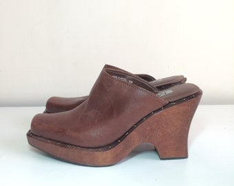 90s brown leather wooden platform wedge slip on mule clogs size 10