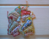 Reserved Cute set of 4 vintage quilt Christmas tree gift tags, fabric gift tag, Christmas ornament, coaster set, scrapbook, Christmas decor