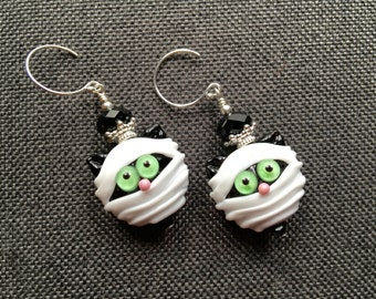 Halloween Lampwork Earrings, Spooky Earrings, Mummy Earrings, Beadwork Cat Earrings, Glass Bead Dangle Earrings, Halloween Lampwork Jewelry