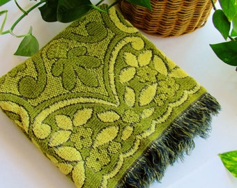 Vintage Bath Towel Cannon Monticello Avocado Green And Black Floral And Scroll Design All Cotton