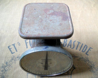 Vintage Scale, Large Postage Scale, Postal Scale, Rusty Kitchen Scale, Antique Scale, Hanson Scale