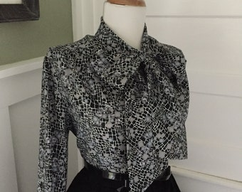 Vintage Sexy 1950s 1960s Black & Gray Floral ROSE Long Sleeve Blouse w Pussy Bow Ascot Tie Neck