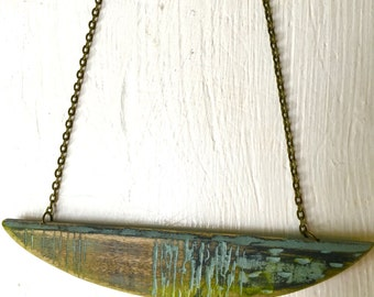 Small wood pendant necklace with yellows and blues