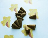 Sliced Peaches Scented Cone Incense - Incense Cones - Aromatherapy - Aroma - Essense - Home Decor - Gift for Adults