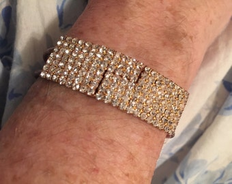 rhinestone bracelet Crystal Goldtone 7 Rows metal cuff/bangle easy on, opens at top, no clasp gorgeous new