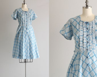 Vintage Dress . Short Sleeve Pocket Dress . Blue Plaid 50s Cotton Dress