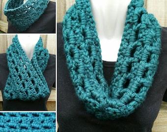 neck warmer, cowl, infinity scarf - chunky crochet