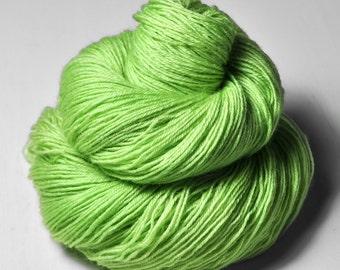 Poisonous apple OOAK - BFL Sock Yarn Superwash