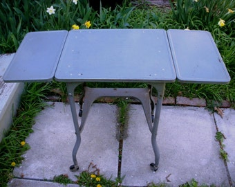 Vintage Industrial gray metal stand, typewriter desk, end table, rolling cart, Metal rolling cart