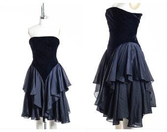 Vtg Strapless Velvet Corset Dress size 4