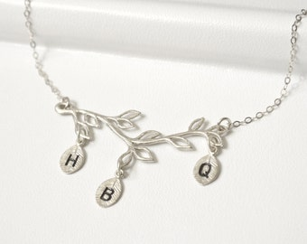 Personalized Family Tree Necklace SILVER,Mothers Necklace,Initial Necklace,Branch Necklace,Grandma Necklace, Bridesmaid Jewelry