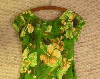 Royal Hawaiian Floor Length Hawaiian Dress 1960s . 100% Cotton
