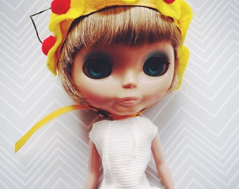 REDUCED!!! ~~ Pineapple Upside Down cap for Blythe doll M