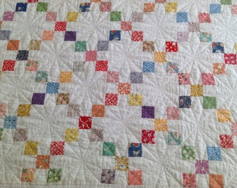 Twin bed quilt - 30's print fabric