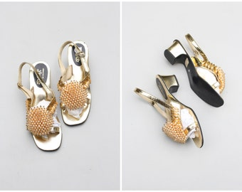 60s beaded summer sandals - metallic gold ladies shoes / Pale Apricot - 1960s slingback sandals / Lebasi slingback sandals - 6.5