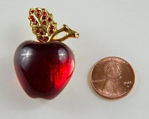 Vintage Apple Pin Brooch Rhinestone Costume jewelry -B4