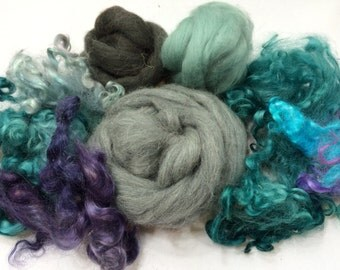 Spinning Fibers, Wool Locks, Hand Dyed, Spin, Felt, Weaving