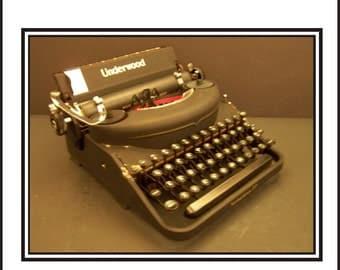 1930s Underwood Noiseless77 Manual Typewriter.