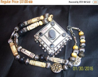 SALE Vintage Ethnic Tribal Necklace with Carved Beads