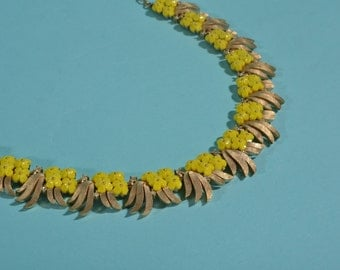 Vintage 1960s Trifari Yellow Necklace - Forget Me Not - Bridal Choker Spring Fashions
