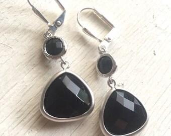 Black Jewel Dangle Earrings in Silver.  Black Teardrop Drop Earrings.  Gift for Her.  Dangle Earrings. Modern Drop Earrings. Christmas Gift.