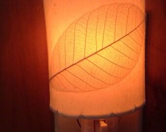 Thai leaf nightlight, elegant and organic