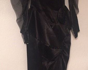 Beautiful Black Sequins Satin Formal Evening Gown 80's 40's Style