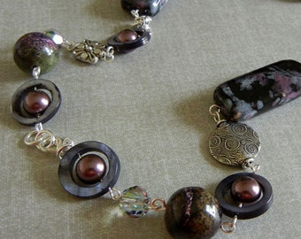 Plum Pudding - Purple & Black Necklace and Earring Set