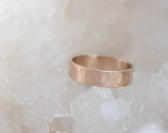 5 x 1 mm Hammered Texture Flat Band | Men's Wedding Ring | 14k Recycled Gold