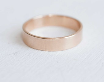 5 x 1 mm Flat Band | Men's Wedding Ring | 14k Recycled Gold